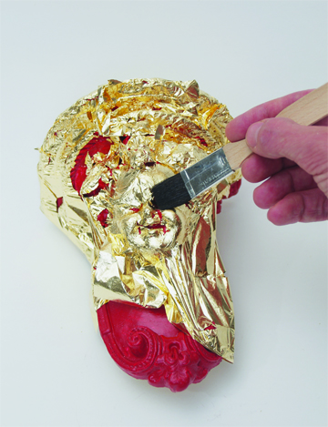 how to apply gold leaf
